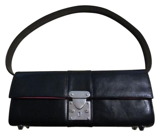 Preload https://img-static.tradesy.com/item/33266/convertable-clutch-black-with-hot-pink-fabric-interior-leather-shoulder-bag-0-0-540-540.jpg