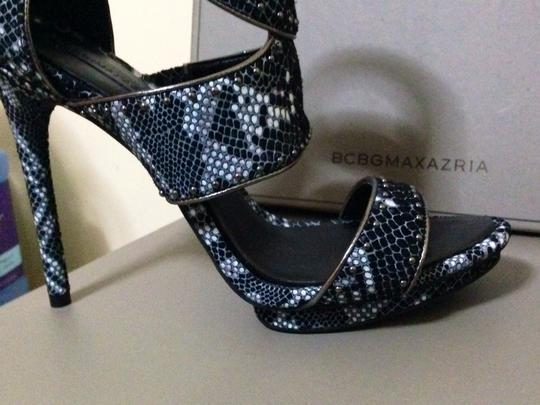 BCBGMAXAZRIA Black, chinois,snake suede Pumps