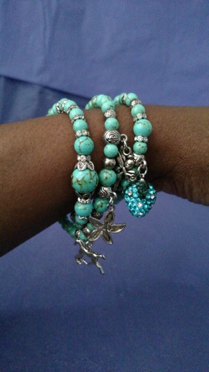 Other NEW Green Howlite And Austrian Crystal Wrap Bracelet In Silvertone with Charms