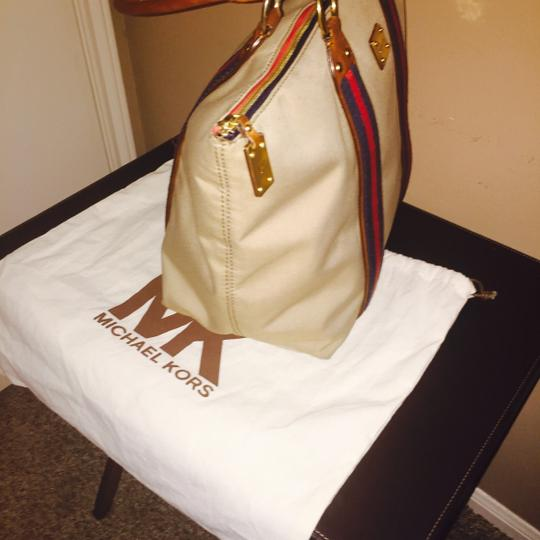 Michael Kors Tote in Khaki