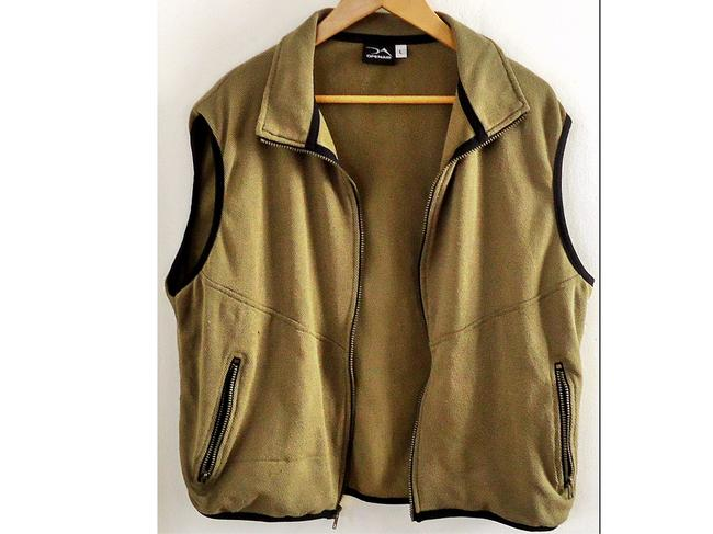 open air Stretchy Vest Image 1