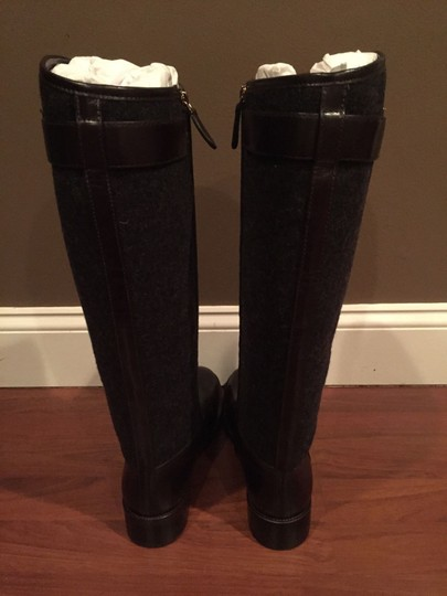 Tory Burch Riding Leather Size 10.5 grey/coconut Boots