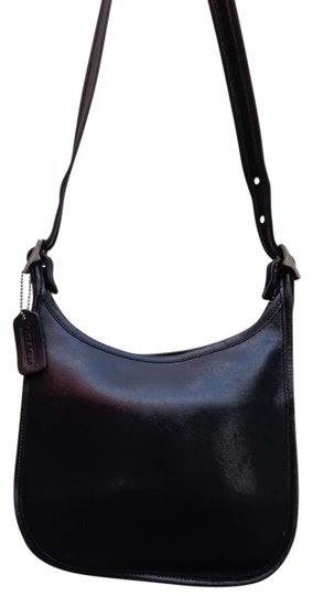 Preload https://item4.tradesy.com/images/coach-black-leather-shoulder-bag-333148-0-0.jpg?width=440&height=440