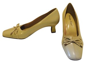 Carriage Court Beige Pumps