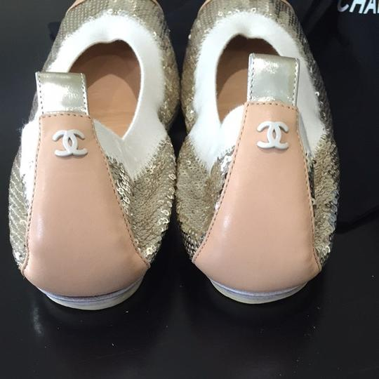 Chanel Gold Flats Image 3