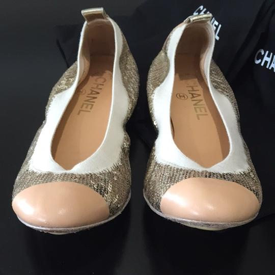 Chanel Gold Flats Image 4
