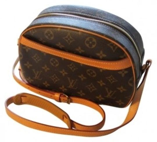 Preload https://item4.tradesy.com/images/louis-vuitton-blois-shouldercross-body-brown-and-tan-coated-fabric-cowhide-leather-trim-interior-sho-33353-0-0.jpg?width=440&height=440
