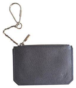 Louis Vuitton Louis Vuitton Taiga Pochette Cles Glacier Grey - Discontinued Color!