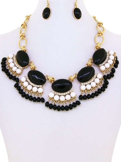 Unknown Black and White Fringe Fan Statement Necklace Set