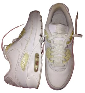 Nike max White Athletic