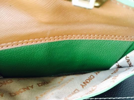 DKNY DKNY Green Leather Ladies Wallet