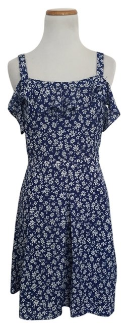 Preload https://item2.tradesy.com/images/doe-and-rae-blue-floral-mid-length-short-casual-dress-size-4-s-3341311-0-0.jpg?width=400&height=650