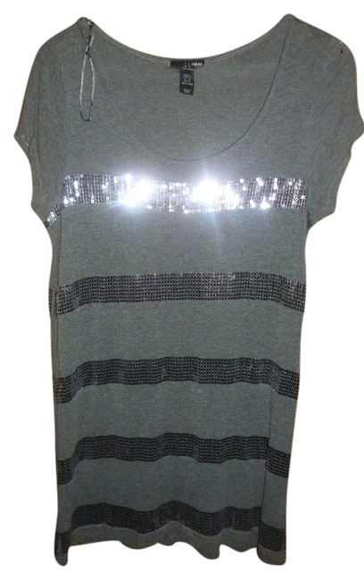 Preload https://item3.tradesy.com/images/h-and-m-gray-sequin-tunic-size-8-m-3341332-0-0.jpg?width=400&height=650