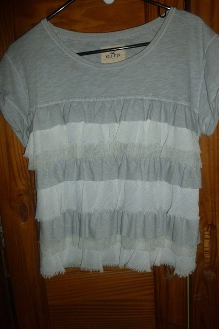 Hollister Ruffle Tier Abercrombie Crop Top Gray Image 2