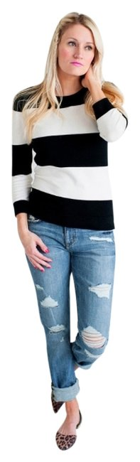 Preload https://item5.tradesy.com/images/black-and-white-stripes-sweaterpullover-size-4-s-3341929-0-0.jpg?width=400&height=650