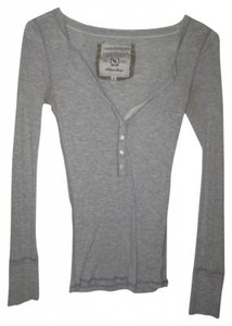Abercrombie & Fitch T Shirt Gray