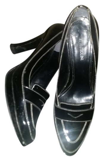 Preload https://img-static.tradesy.com/item/3345133/enzo-angiolini-black-patent-leather-pumps-size-us-10-regular-m-b-0-0-540-540.jpg