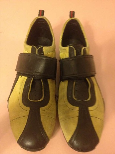 Gucci yellow, black Flats