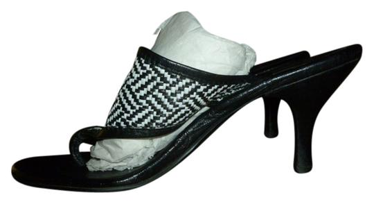 Tory Burch Logo Inch Heel Tweed Pattern Leather Black and White Sandals