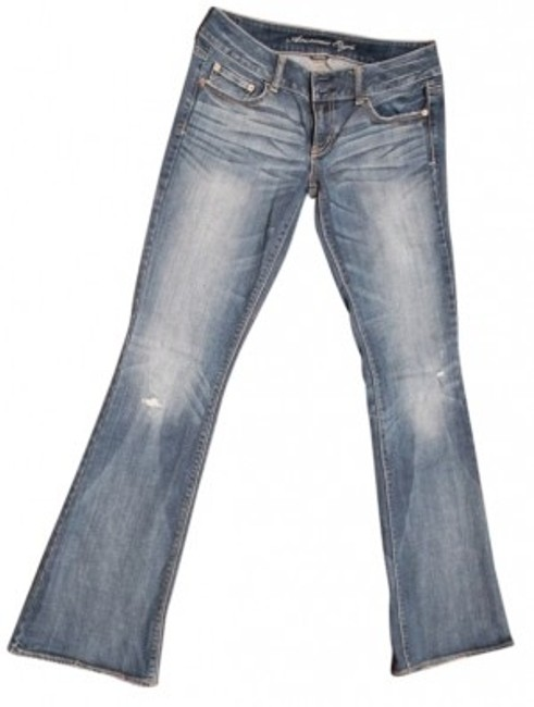 Preload https://item2.tradesy.com/images/american-eagle-outfitters-medium-blue-stonewash-with-whiskers-distressed-artist-829-long-flare-leg-j-33466-0-0.jpg?width=400&height=650