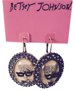 Betsey Johnson Cat's Eye Glasses With Bow Tie Dangle Earrings
