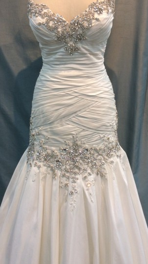 Stephen Yearick Off White Silk Shantung Swarovski Crystals and Rhinestones. Aphrodite New Traditional Wedding Dress Size 12 (L)