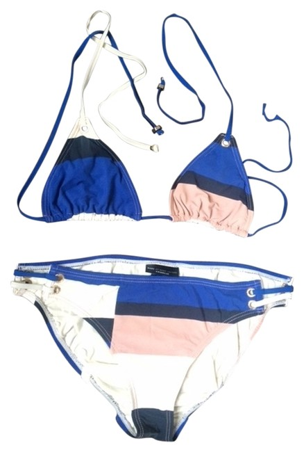 Preload https://img-static.tradesy.com/item/3351097/marc-jacobs-blue-navy-white-blush-pink-colorblocked-small-and-large-bikini-set-size-8-m-0-0-650-650.jpg