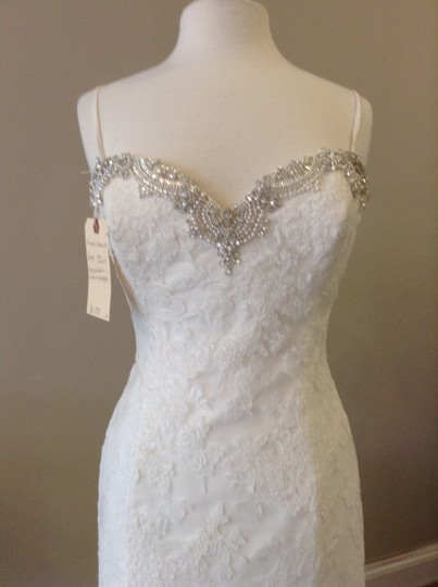 Enzoani ivory lace huntsville traditional wedding dress for Wedding dress shops in huntsville al