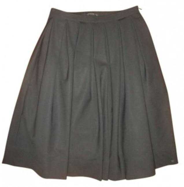 Preload https://item4.tradesy.com/images/theory-black-softly-pleated-a-line-knee-length-skirt-size-00-xxs-24-33543-0-0.jpg?width=400&height=650
