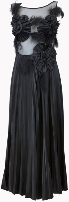 Preload https://item3.tradesy.com/images/black-silk-tule-feather-midi-mid-length-night-out-dress-size-6-s-3355822-0-0.jpg?width=400&height=650