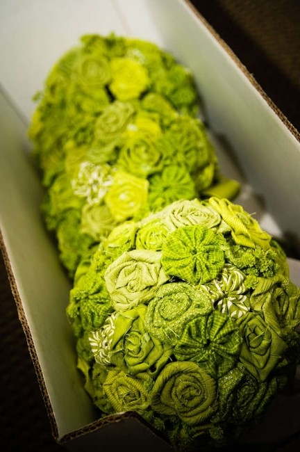 Item - Green Fabric Flower Bouquets