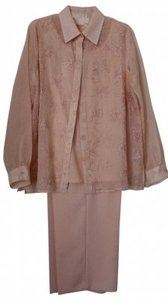 Alfred Dunner 3 Piece Apricot colored Alfred Dunner pantsuit