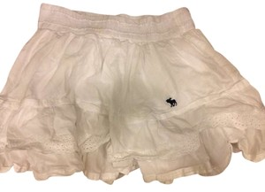 Abercrombie & Fitch Fluffy White Desginer Flowers Embroidered Cute High Waisted Skirt