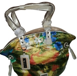Beijo Tote in cream with tropical colors reversible