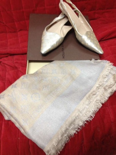 Louis Vuitton Scarf Not Included Golden beige Mules