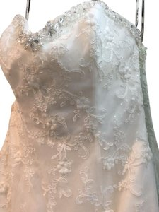 David Tutera for Mon Cheri Ivory Lace Satin 213251 Ryleigh Traditional Wedding Dress Size 8 (M)