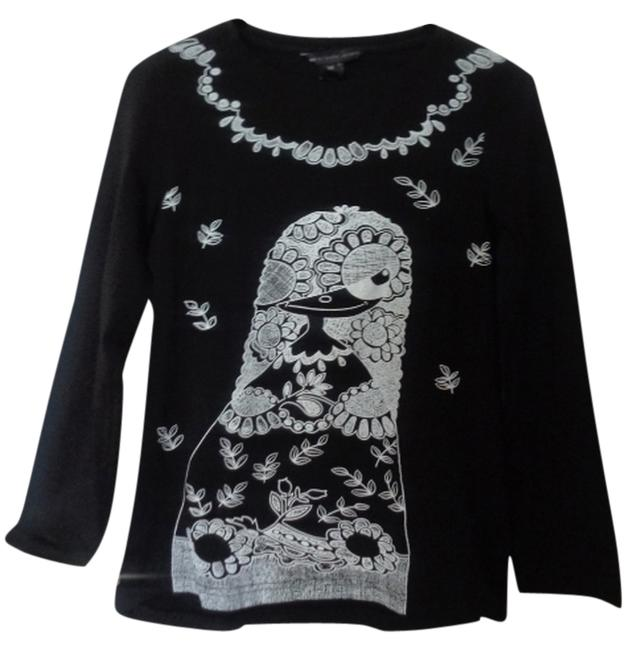 Preload https://img-static.tradesy.com/item/3361738/marc-by-marc-jacobs-black-and-white-flower-design-tee-shirt-size-10-m-0-0-650-650.jpg
