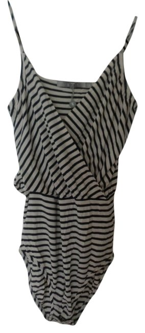 Preload https://item4.tradesy.com/images/blue-and-white-bodysuit-tank-topcami-size-10-m-3361918-0-0.jpg?width=400&height=650