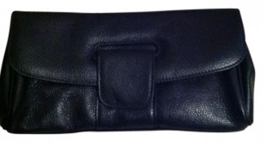 Preload https://item1.tradesy.com/images/terzetto-lovely-detail-black-leather-clutch-33635-0-0.jpg?width=440&height=440