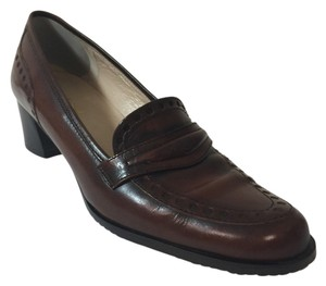 Rangoni Brown. Pumps