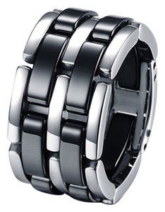 Permanent Links Ring Black ceramic