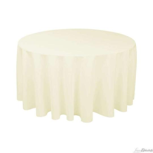 Preload https://item2.tradesy.com/images/132-round-ivory-polyester-tablecloth-336721-0-0.jpg?width=440&height=440