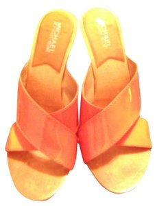 MICHAEL Michael Kors By High Heels Size 8m Wooden Orange Formal