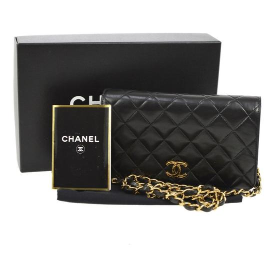 Chanel Classic Flap Leather Two Ways Black Lambskin Shoulder Bag 33% off retail