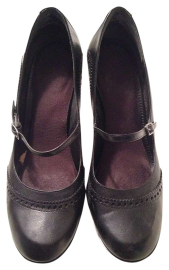 Preload https://item4.tradesy.com/images/nine-west-mary-jane-pumps-size-us-75-336838-0-0.jpg?width=440&height=440
