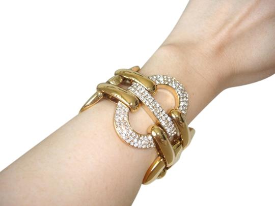 Preload https://item2.tradesy.com/images/gold-chunky-and-bracelet-3368431-0-0.jpg?width=440&height=440