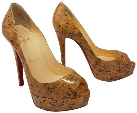 Preload https://item3.tradesy.com/images/christian-louboutin-beige-brown-banane-140-cork-patent-leather-peep-toe-pumps-size-eu-355-approx-us--3371902-0-2.jpg?width=440&height=440