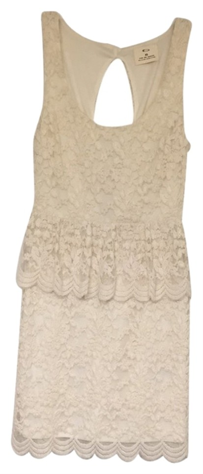 392cad80e89e7 Pins and Needles Ivory White Lace Peplum Short Casual Dress Size 0 ...