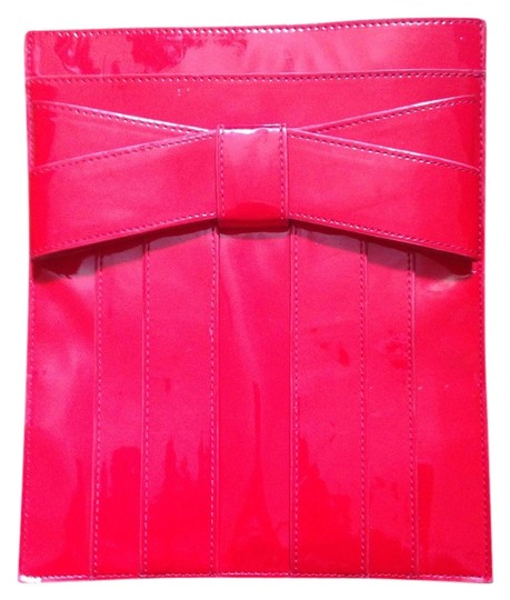 Preload https://item1.tradesy.com/images/zac-posen-red-leather-clutch-3376135-0-0.jpg?width=440&height=440
