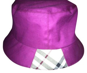 Burberry Burberry Bucket in Purple